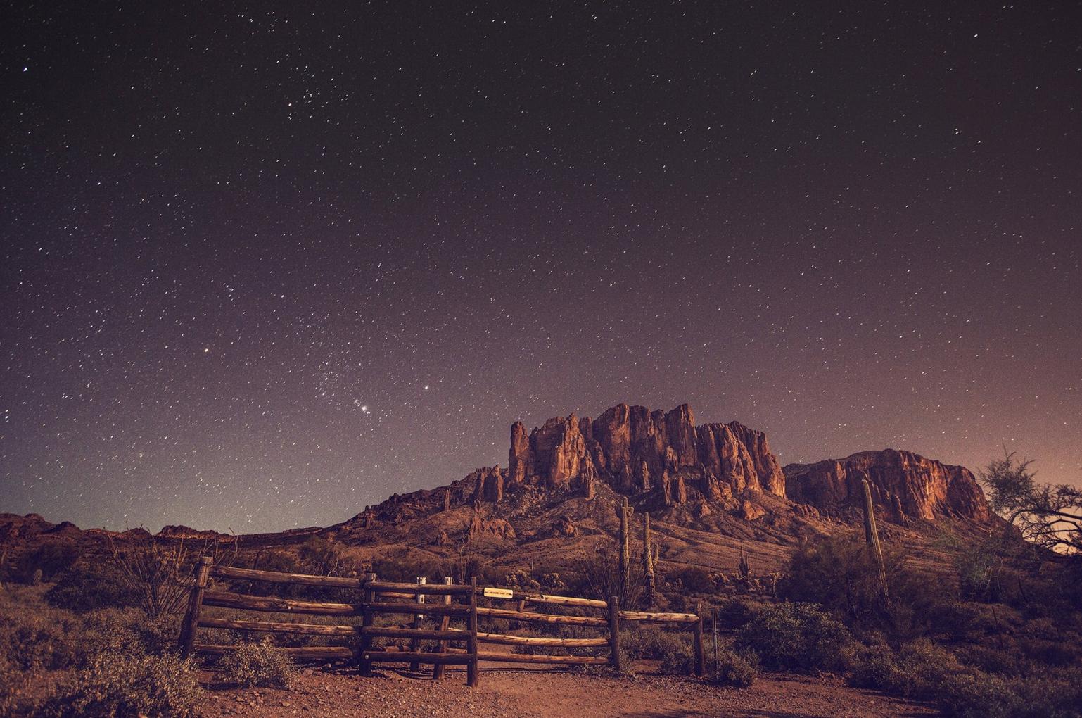 western-stars-night